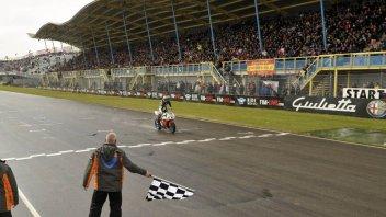 Moto - News: WSS: Lanzi torna e vince!
