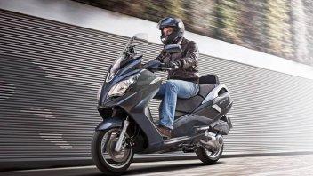 Moto - News: Peugeot Satelis 300: maxi-mini scooter