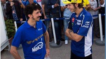 Moto - News: Rossi incontra Rossi in Qatar