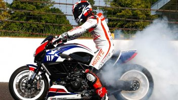 Moto - News: Ben Spies fa il Diavel a Indy