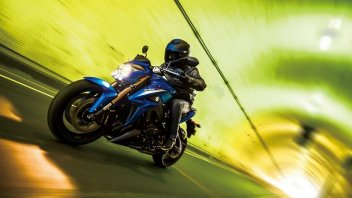 Moto - News: Suzuki svela la sua Maxi Naked GSX-S 1000