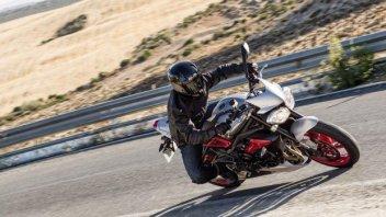 Moto - News: Triumph Street Triple RX: piccola peste