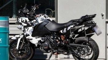 Moto - News: KTM 1050 Adventure, arriva la piccola di famiglia
