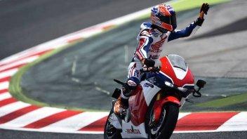 MotoGP: Piloti MotoGP Vs Superbike, sfida nel deserto