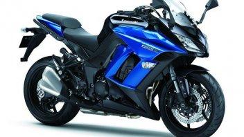 Moto - News: Kawasaki affina la propria Z1000 SX
