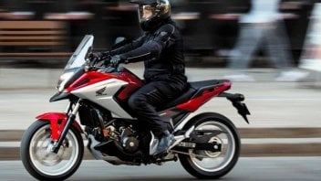 Moto - News: Honda NC750X: obiettivo praticità