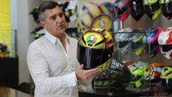 Moto - News: Tutti i segreti del casco di Valentino Rossi