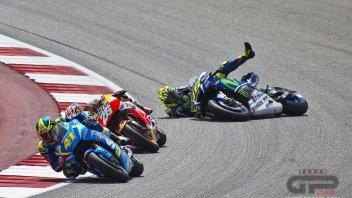 La caduta di Rossi nel GP delle Americhe