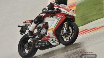 Moto - Test: Pirelli Diablo Rosso 3: punto di svolta