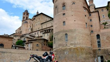 Moto - News: 20.000 Pieghe, terza tappa: Perugia – Sansepolcro (374,9 Km)