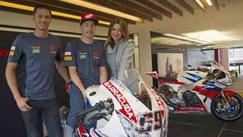 Hayden and vd Mark: how beautiful Superbike is