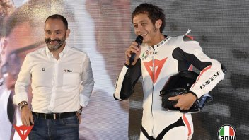 Moto - News: Rossi and Dainese: introducing the new frontier in safety