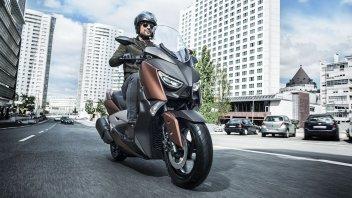 """Yamaha X-Max 300 m.y.2017 - il """"medio"""""""