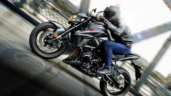 Moto - News: Suzuki: si rinnova la GSX-750S