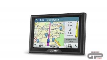 Moto - News: Presentata al CES di Las Vegas la serie 'Garmin Drive'