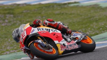 MotoGP: Test con lussazione per Marquez a Jerez