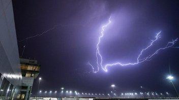 Moto2: Rain and wind halve the tests in Qatar