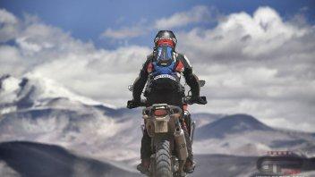 Moto - News: Un nonno (con Honda Africa Twin) sul tetto del mondo
