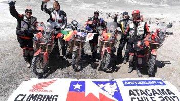 Moto - News: La Honda Africa Twin sulla vetta del vulcano più alto del mondo