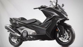 Moto - Scooter: Kymco AK 550: attacco al potere