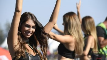 MotoGP: Le umbrella girl del GP di Brno