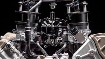 Moto - News: Ducati Desmosedici Stradale: un nuovo cuore tutto rosso