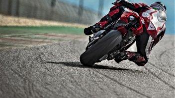 Moto - News: Pirelli e Ducati V4: l'obiettivo è stupire