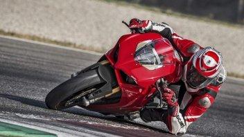 """Moto - News: Alessandro Valia, il tester della """"Rossa"""": ecco come va la Ducati V4S"""
