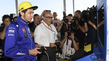 Valentino Rossi challenges Ezpeleta... at Playstation