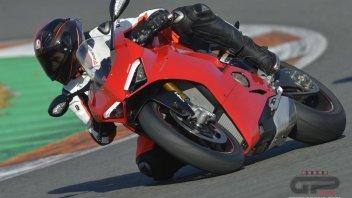 Moto - Test: Ducati Panigale V4: il nuovo mondo