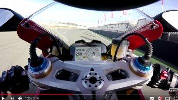 Moto - Test: Andrea Buzzoni talks about the new Ducati Panigale V4