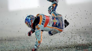 MotoGP: Dani Pedrosa, debut with (double) crash in Losail (but he's OK