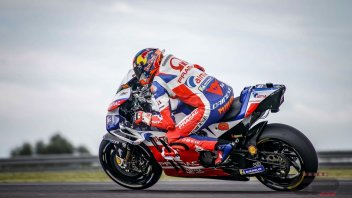 MotoGP: Mad Miller, wet pole on slicks!