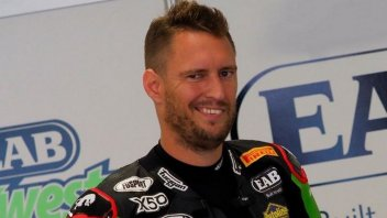 SBK: Successful wrist surgery for Anthony West