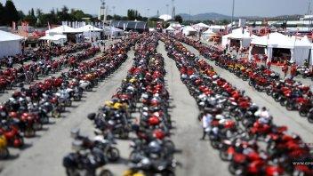 Moto - News: Ducati: torna lo spettro della vendita?