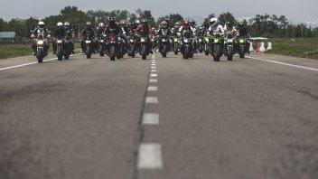 Moto - News: Kawasaki Day 2018: in pista con Tom Sykes e Kenan Sofuoglu