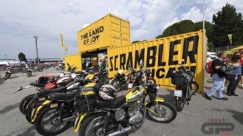 Moto - News: Record: oltre 91.000 al World Ducati Weekend a Misano