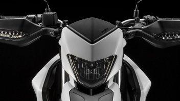 Moto - News: Ducati Hypermotard 2019: più potente e... più leggera
