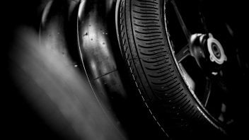 "MotoGP: Michelin prepares an antidote to the ""Valencia snake"""