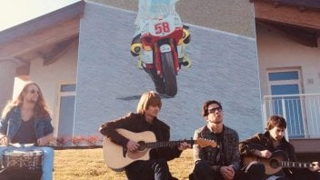 MotoGP: Sic58: Rainband releases an acoustic version of 'Rise Again'