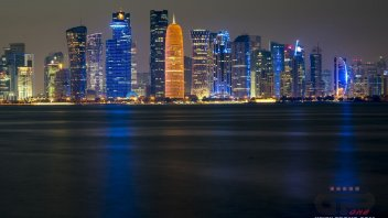 MotoGP: La magia del Qatar by night