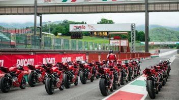 """Moto - News: Ducati Riding Academy 2019: riprendono i corsi """"in rosso"""""""