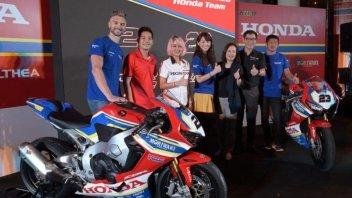 SBK: Honda fa centro a Bangkok, tifosi impazzati per Camier e Kiyonari