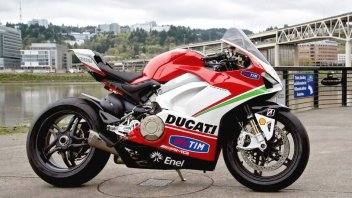 News Prodotto: A Panigale V4S auctioned off for the Nicky Hayden Foundation
