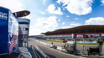 SBK: BREAKING NEWS, Assen: Race 1 at risk due to cold and rain