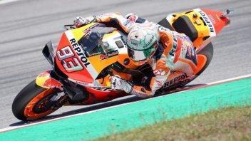 MotoGP: Lorenzo fa strike, Marquez ringrazia e trionfa a Barcellona