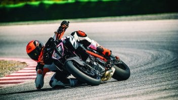 Moto - News: KTM: promozioni per 1290 Super Duke R e Super Adventure S