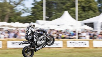 Moto2: James Toseland flashes Goodwood on Triumph Moto2