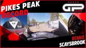 Moto - News: L'onboard da brividi dell'Aprilia che batte il record della Pikes Peak