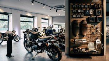 Moto - News: Aperto a Milano lo store Triumph più grande d'Europa